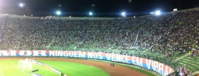 Estádio Roberto Santos (Pituaçu) is one of BOM LUGAR.