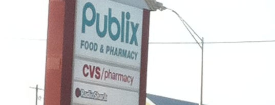 Publix is one of Orte, die Andrew gefallen.