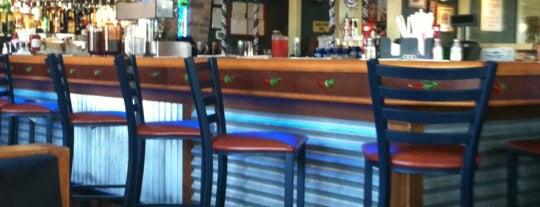 Chili's Grill & Bar is one of สถานที่ที่ Barry ถูกใจ.