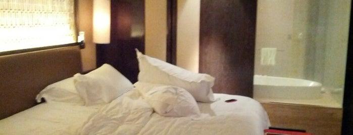 Mandarin Oriental is one of Hotels I like.