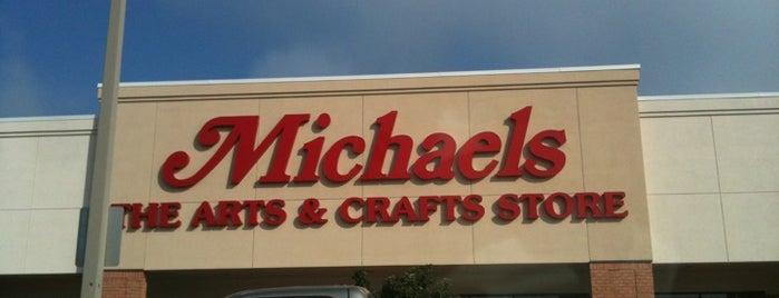 Michaels is one of Lieux qui ont plu à Jackie.