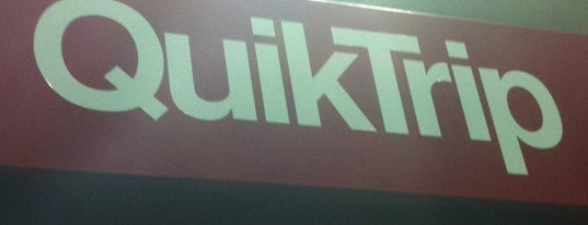QuikTrip is one of JL Johnsonさんのお気に入りスポット.