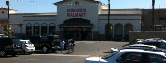 Walmart Supercenter is one of Locais curtidos por Deborrah.