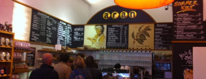 ARAN Fünf Höfe is one of München Cafe's.