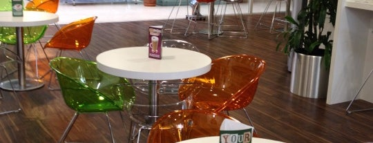 Costa Coffee is one of Jamie : понравившиеся места.
