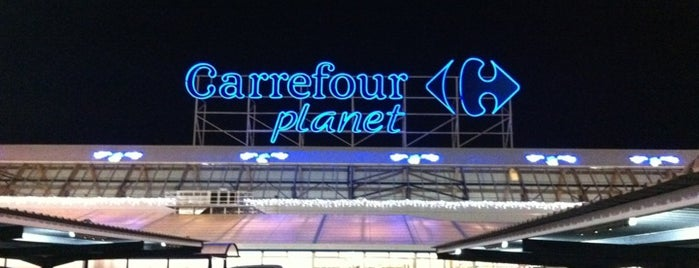 Carrefour is one of Elien 님이 좋아한 장소.