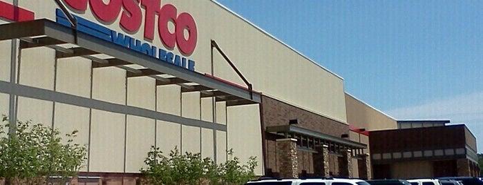 Costco is one of Orte, die Pradeep gefallen.