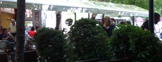 Στυλ Cafe is one of A local's guide: 48 hours in Athens.