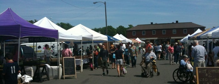 Leesburg Farmer's Market is one of Lieux qui ont plu à Tanya.