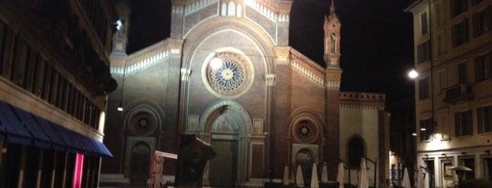 Piazza San Marco is one of Tempat yang Disukai Nami.