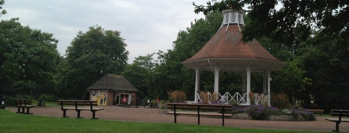 Chapelfield Gardens is one of Posti che sono piaciuti a DAS.