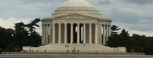 Thomas Jefferson Memorial is one of Guide to Washington's best spots.