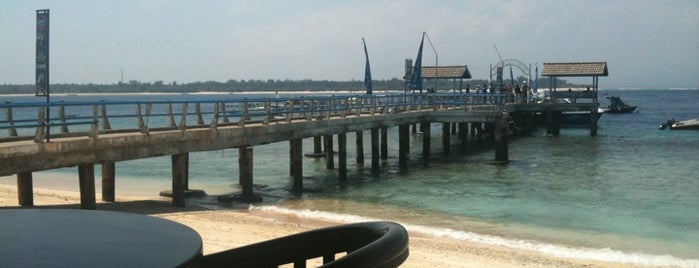 The Terminal Bar & Restaurant is one of Gili + Lombok.