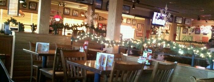 Applebee's Grill + Bar is one of Posti che sono piaciuti a Naas.