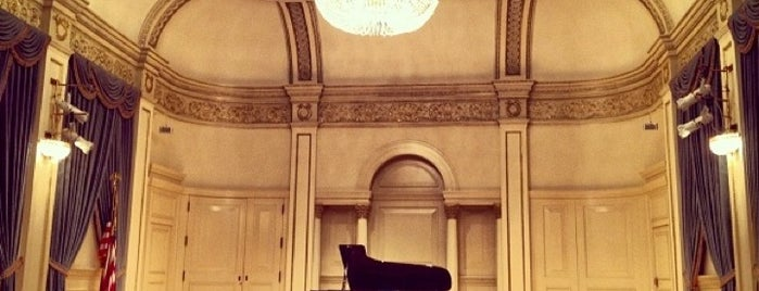 Carnegie Hall | Maestro's Suite is one of Tempat yang Disukai Carl.