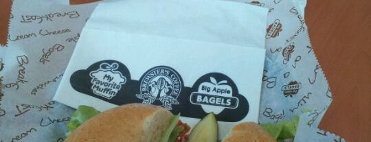 Big Apple Bagels is one of Tempat yang Disukai Paul.