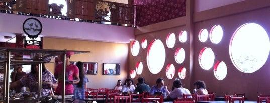 Grand China is one of Tempat yang Disukai Samantha.