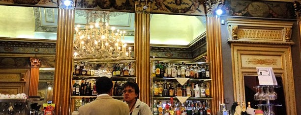 Caffè San Carlo is one of Orte, die Mihaylo gefallen.