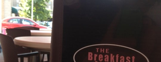 The Breakfast Club & Grill is one of West Town.
