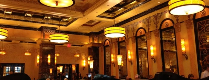 Grand Lux Cafe is one of Vegas Bound Bitches 13'.