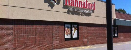 Hannaford Supermarket is one of Tempat yang Disukai Cate.