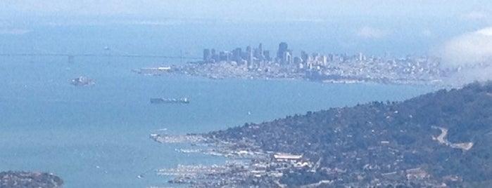 Mount.Tamalpais (Gardner Lookout) is one of Orte, die Jolie gefallen.