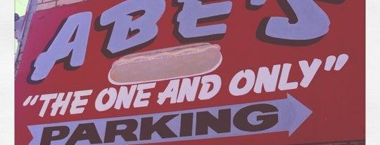 Abe's Hot Dogs is one of Locais salvos de Robert.