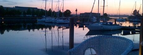 Eksports - Andrejosta Marina Restaurant is one of Laikam būs jāaiziet.