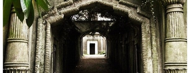 Highgate Cemetery is one of London, somewhat....