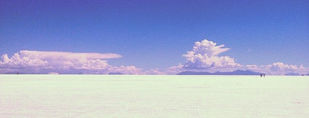 Salar de Uyuni is one of Hopefully, I'll visit these places one day....