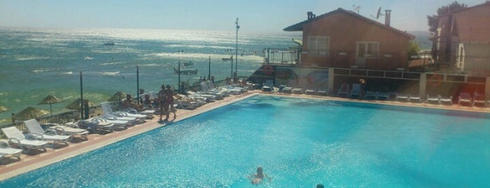 Kumburgaz Marin Princess Hotel is one of Ugur e..