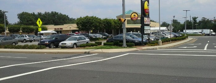 ShopRite of Rochelle Park is one of Tempat yang Disukai Denise D..