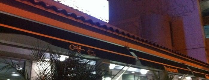 Café Boulevard Balboa is one of Locais curtidos por Joaquin.