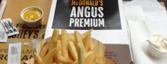 McDonald's is one of Santiago : понравившиеся места.
