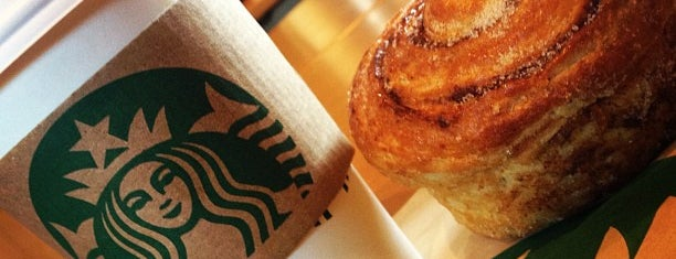 Starbucks is one of Scott : понравившиеся места.