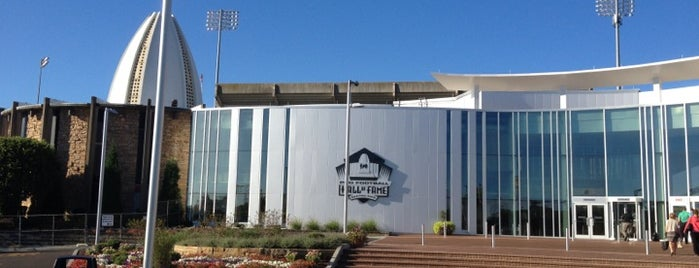 Pro Football Hall of Fame is one of Sports Venues.