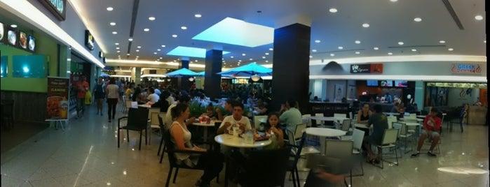 Praça de Alimentação (Espaço Gourmet) is one of Lieux qui ont plu à Káren.