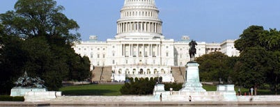 United States Capitol is one of Lugares guardados de Scott.