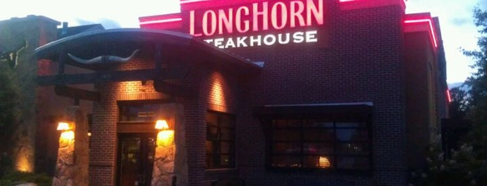 LongHorn Steakhouse is one of Tempat yang Disukai Shawn Ryan.