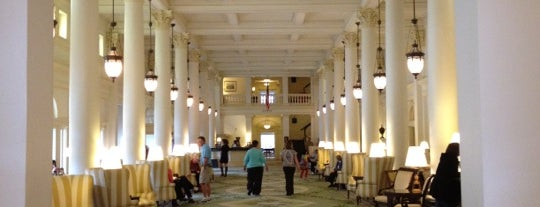 Great Hall at The Homestead is one of Sarahさんのお気に入りスポット.
