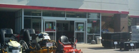 Tractor Supply Co. is one of Christy's Liked Places.