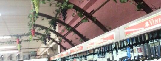 Supermercado Nardelli is one of Lugares favoritos de Aline.