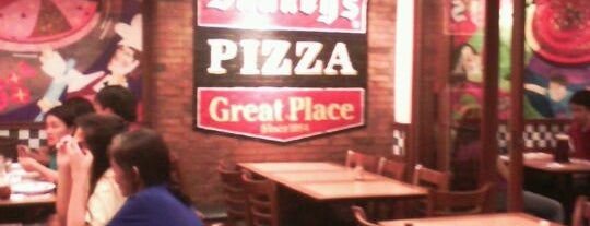 Shakey's is one of Le Figgy's Food Adventures.