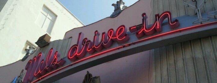 Mel's Drive-In is one of Good Eats in Los Angeles.