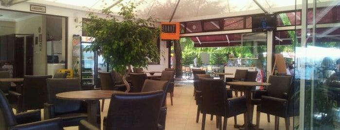 İspirli Cafe & Bistro is one of Orte, die Volkan gefallen.