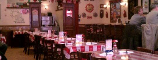 El Puente Authentic Mexican Cuisine is one of สถานที่ที่ Nicole ถูกใจ.