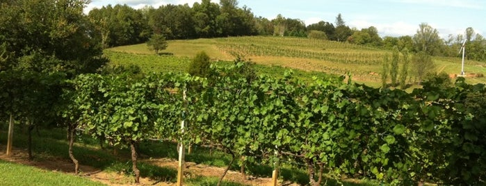 Crane Creek Vineyard is one of Brooke'nin Kaydettiği Mekanlar.