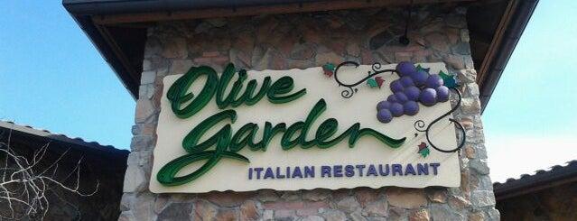 Olive Garden is one of Orte, die Crystal gefallen.