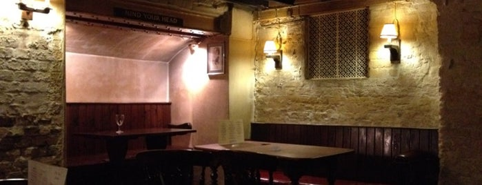 Ye Olde Cheshire Cheese is one of Viagem.