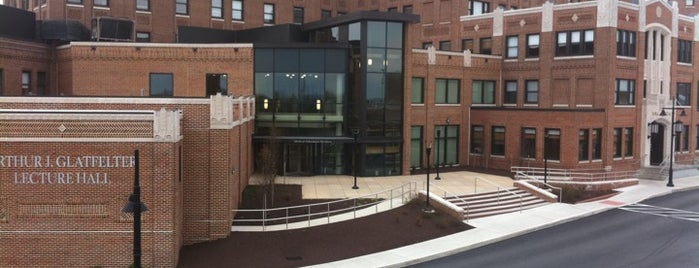 WellSpan York Hospital Emergency Department is one of York College Student Hotspots.